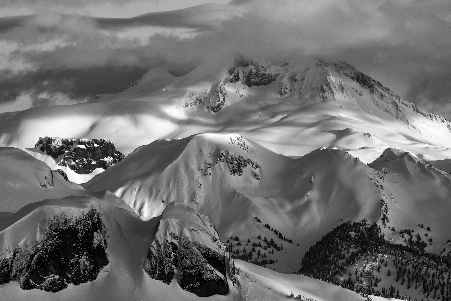 Black_Tusk_Whistler_Backcountry_Jussi_Grznar--3