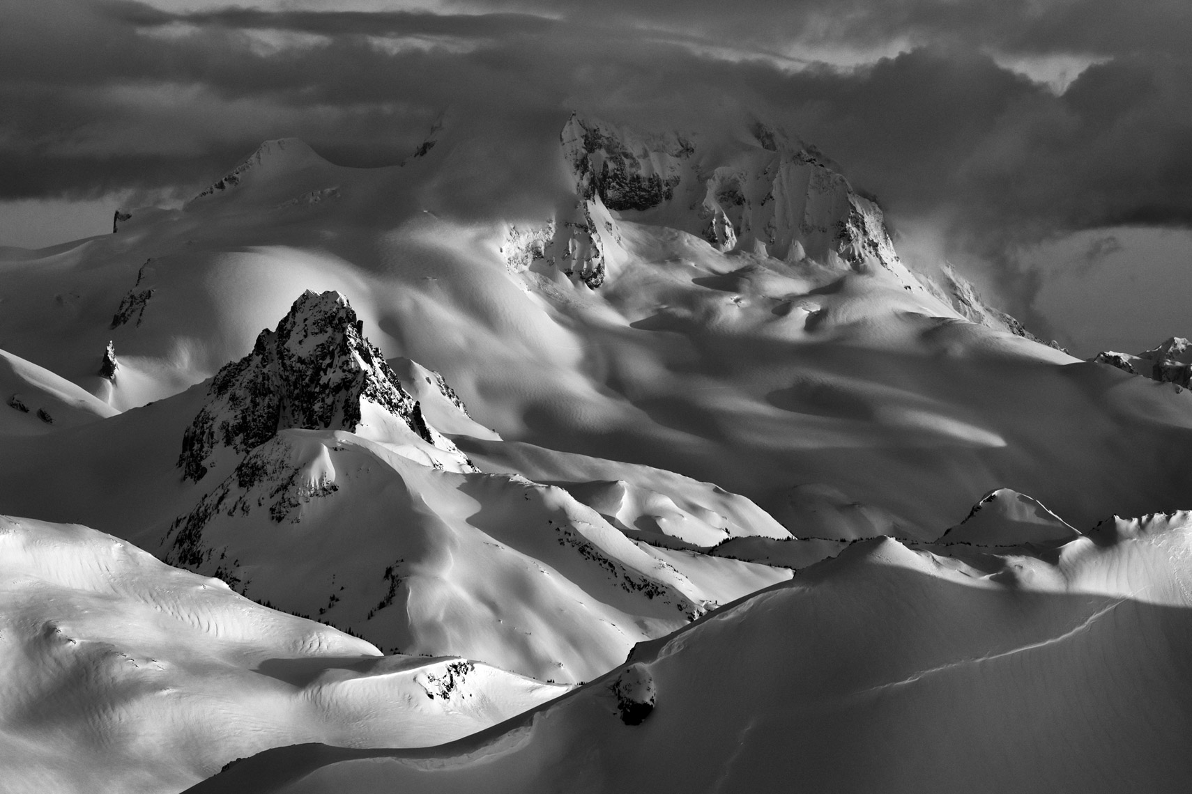 Black_Tusk_Whistler_Backcountry_Jussi_Grznar-