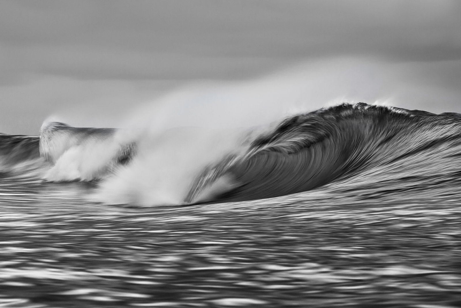 abc_photo_jussi_grznar_empty_wave_2618BW7-copy